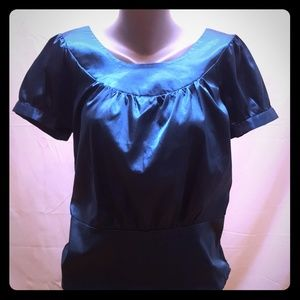 Silky turquoise top